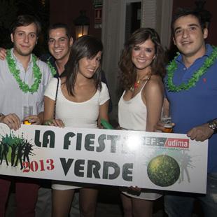 Alumnos en la fiesta de la ACEF