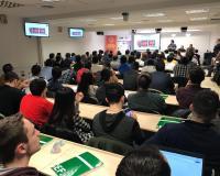 La sala B1 del Centro de Estudios Financieros, llena para la jornada de Seguridad y Tecnología.