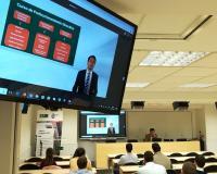 Santiago Hernández presenta los contenidos del Curso de Perfeccionamiento Directivo del CEF.-.